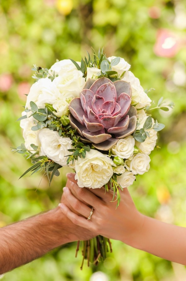 Calypso-Bridal-Bouquet