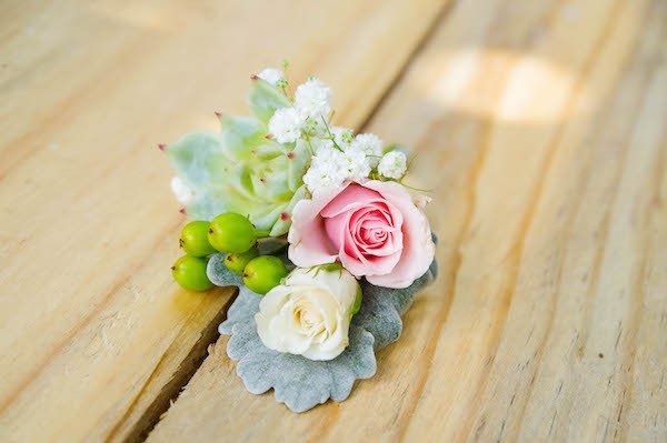 Mixed Boutonniere
