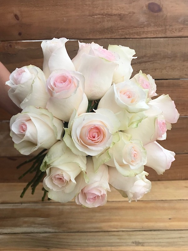 seniorita roses bouquet