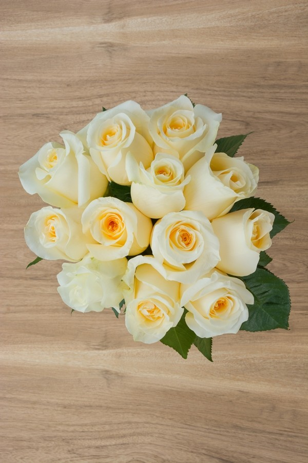 Wholesale Creme De La Creme Wedding Cream Roses Online